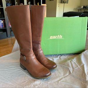 Earth Wide-Calf Waterproof Boots. Size 8.5